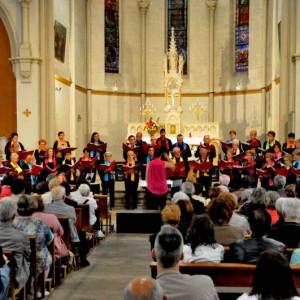 Le public dans l'église St Barthélémy